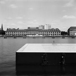 Andrea Grote, O.T. (Berlin-Treptow, Badeschiff II, 05.2009, 1min)